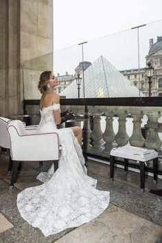 Zurich's Favorite Bridal Brand for HauteCouture and CustomMade Wedding Dresses! Top Bridal Designers Custom Made Bridal Gowns Reasonable Prices Bridal Gowns, Wedding Dresses, Custom Made, Bridal Designers, Glamour, Thessaloniki, Luxury, Collection, Romance