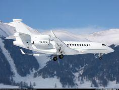 Fun flight on a Dassault Falcon Jets Privés De Luxe, Luxury Jets, Luxury Private Jets, Private Plane, Aviation News, Civil Aviation, Dassault Falcon 7x, Jet Privé, Aircraft Pictures