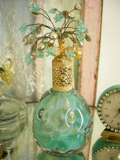 Vintage Perfume Bottle - Vintiques Boutique