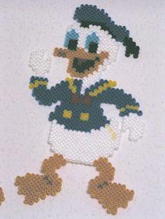 Donald Duck Hama Bügelperlen by dolmibine