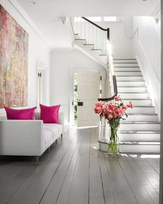 The touch of pink can make any room come alive with vibrancy.   Photo: Mali Azima; Design: Kay Douglass