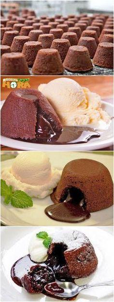 Receita de Petit Gateau – Petit Gateau Fácil e Delicioso Sweet Recipes, Cake Recipes, Dessert Recipes, Cake Cookies, Cupcake Cakes, Lava Cakes, Bakery, Sweet Treats, Food Porn