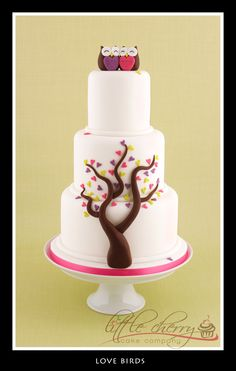 Love Birds Cake - 2 little loved up owls would be very cute with a birds nest in the tree and a little egg inside of it for baby shower