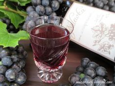 Red Wine, Cabbage, Alcoholic Drinks, Vegetables, Glass, Food, Drinkware, Corning Glass, Essen