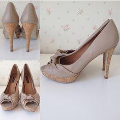 Dressbe | Peeptoe Zara #zara #peeptoe #shoes #sapatos #couro #cortiça