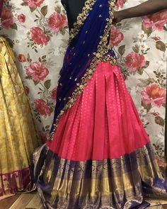 Explore from latest collection of lehengas online. Shop for lehenga choli, wedding lehengas, chaniya choli, ghagra choli & designer lehengas in variety of colors. Lehenga Saree Design, Half Saree Lehenga, Lehnga Dress, Lehenga Designs, Lehenga Choli Wedding, Banarasi Lehenga, Lehenga Skirt, Lehenga Blouse, Ikkat Saree
