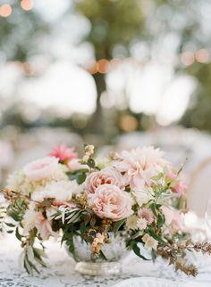 Ideas diy summer wedding centerpieces floral arrangements for 2019 Romantic Wedding Decor, Elegant Wedding, Floral Wedding, Wedding Flowers, Wedding Stuff, Wedding Ideas, Wedding Colours, Wedding Things, Wedding Details