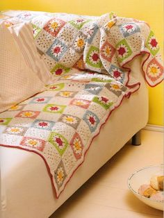Gorgeous Bedspread - Granny Squares - Laughing Hens
