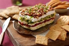 Layered Sundried Tomato and Artichoke Spread Recipe - Kraft Recipes- This is the best Dip ever. Kraft Foods, Kraft Recipes, Cheese Appetizers, Appetizer Dips, Appetizers For Party, Appetizer Recipes, Yummy Appetizers, Queso Fresco, Cooking Recipes