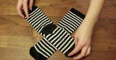Μήπως κι εσείς Διπλώνατε τις Κάλτσες σας Λάθος μέχρι σήμερα; Δείτε έναν τρόπο που θα σας Εξοικονομήσει Χώρο!