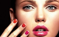 Beautiful young model with bright make-up and manicure Royalty Free Stock Photo Gel Manicure Nails, Gel Manicure At Home, Nail Polish, Glam Nails, Mani Pedi, Online Makeup Courses, Best Foundation For Dry Skin, Foundation Primer, Face Primer