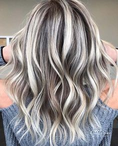 Brown Hair With Ash Blonde Highlights, Brown Bob Hair, Bright Blonde Hair, Blonde Hair Looks, Brown Blonde Hair, Platinum Blonde Hair, Hair Highlights, Blonde Highlights Bob Haircut, Cool Ash Blonde