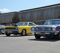 Darrel shearer has these 2 beauties. for the photo by street_wheelers Road Runner, Plymouth, Mopar, Dodge, Social Media, Club, Street, Instagram Posts, Beauty