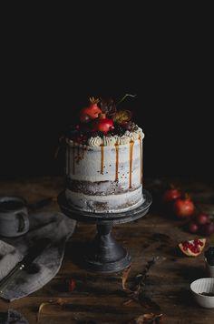 Coco e Baunilha: Bolo naked de café e alfarroba // Coffee carob naked cake