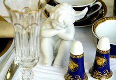 Meus amuletos para a virada: anjos de porcelana da Fabergé brancos. (Foto: @felipefgsantos)