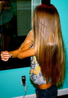 Egg yolks wont only make your hair softer, shinier, and healthier, but it helps you to grow it out long as well. Mix 2 egg yolks with 2 tbsp of olive oil. Give your hair and scalp 15 to 20 minutes to absorb all the needed nutrients then wash. Hair Dos, My Hair, Beauty Secrets, Beauty Hacks, Beauty Tips, Beauty Products, Beauty Tutorials, Makeup Tutorials, Twisted Hair