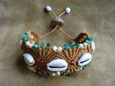 Beautiful macrame bracelet with seashells