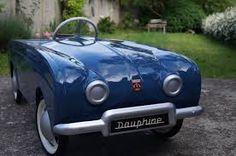 Renault dauphine à pédales