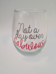 Diy gifts for girlfriend birthday wine glass 44 Ideas Big Wine Glass, Wine Glass Sayings, Wine Glass Crafts, Wine Quotes, Birthday Wine Glasses, Diy Gifts For Girlfriend, Girlfriend Birthday, Broken Glass Art, Glitter Wine