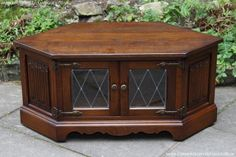 Old Charm Jaycee Carved Light Oak Tv Hi Fi Dvd Cd Stand Table Cabinet Bookcase