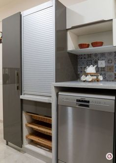 You don't have to struggle to keep your kitchen essentials neat and organized. Here are some of the best kitchen storage options out there. Simple Kitchen Design, Kitchen Room Design, Home Decor Kitchen, Interior Design Kitchen, Home Kitchens, Kitchen Furniture, Interior Ideas, Kitchen Ideas, Furniture Design