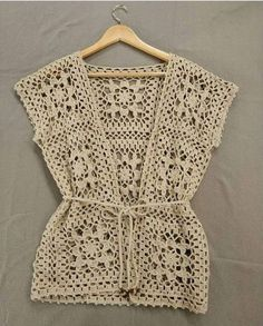 Fabulous Crochet a Little Black Crochet Dress Ideas. Georgeous Crochet a Little Black Crochet Dress Ideas. Pull Crochet, Gilet Crochet, Crochet Cardigan Pattern, Crochet Shirt, Crochet Jacket, Crochet Baby, Knit Crochet, Crochet Stitch, Crochet Squares