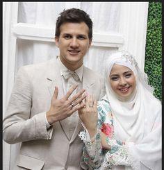 Resmi Menikah, Stuart Collin - Risty Tagor Terlihat Bahagia | Wow Kece Badai !
