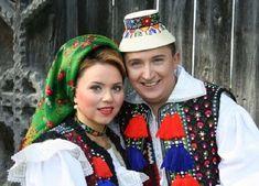 "Cornelia si Lupu Rednic au o familie frumoasa si numeroasa, dar iata prin ce tragedie a trecut artistul in copilarie: ""Aveam un an cand… "" Folklore, Romania, Artist, Youtube, Youtubers, Artists"