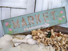 Hand painted shabby vintage market sign wooden distressed French cottage wall decor Anita Spero from AnitaSperoDesign on Etsy. Saved to Anita Spero. Craft Fair Displays, Market Displays, Display Ideas, Shabby Vintage, Shabby Chic, Shabby Home, Romantic Homes, French Cottage, Vintage Market