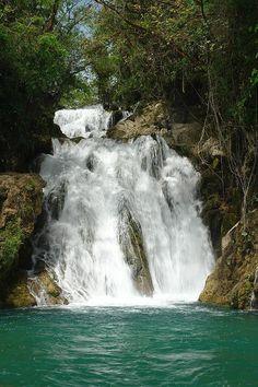 Cascadas de Tamasopo, Mexico.