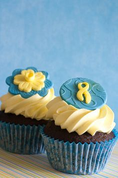 Daffodil Day Cupcakes by Miss Kate Cupcake, via Flickr