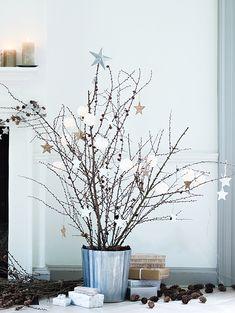 Simple holiday tree.