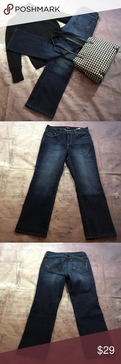 NYDJ sz 10P.  Beaded back pockets. EUC Straight Straight leg NYDJ. Size 10 P.  EUC.  Beading on back pockets. Inseam approximately 28 1/2. Rise approximately 10 1/2. Flat lay waist approximately 15 1/2.       (569) NYDJ Jeans Straight Leg