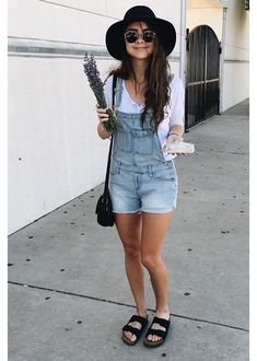 Denim overalls - white longsleeve - black birkenstocks Source by kingacich birkenstock outfit Overalls Fashion, Denim Overalls, Fashion Outfits, Womens Fashion, Black Overalls Outfit, Overalls Style, Romper Outfit, Dungarees, Outfit