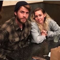 Liam Hemsworth and Miley Cyrus Liam Y Miley, Liam Hemsworth And Miley, Chris Hemsworth, Miley Cyrus Hair, Miley Cyrus Style, Miley Stewart, Hemsworth Brothers, The Last Song, Famous Couples
