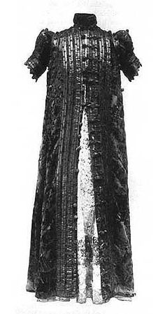 Spanish Ropa, from 1580, located probably in Germanische National Muzeum, Norimberg, In: History of Costume by K.Kohler