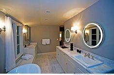 Scarlett Johansson's Bathroom