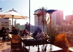 LOS ANGELES: food tip: Perch (the best rooftop restaurant downtown, perfect for brunch) Looks beautiful in the day time AND night time!! I want to try :(