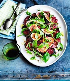 Beef carpaccio with figs and rocket - Gourmet Traveller
