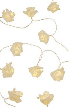 Primark - LED-Lichterkette mit cremefarbenen Rosen
