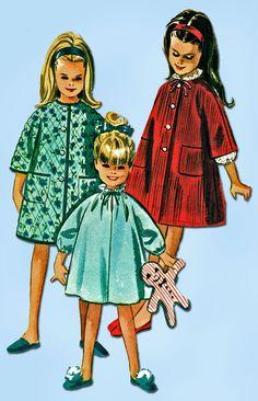1960s Vintage McCalls Sewing Pattern 7048 Easy Toddler Girls Nighty Robe Sz 4-5