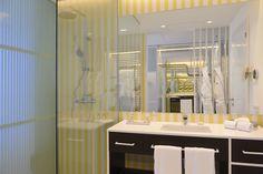 Unique designed bathrooms Spa Hotel, Bathroom Lighting, Bathtub, Vanity, Mirror, Places, Bathrooms, Furniture, Unique