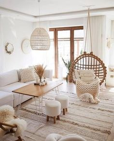 Create a perfect living room with comfortable furniture, splendid wall décor and stylish colors relevant to your house style. Informations About Cozy living room decor Pin You can easily use my profil Living Room Decor Cozy, Boho Living Room, Home And Living, Bedroom Decor, Modern Living, White Couch Living Room, Small Living, Relaxing Living Rooms, White Couch Decor