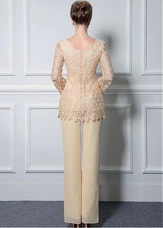 Romantic Pant Suits Chiffon & Lace Scoop Neckline Full-length Mother Of The Bridal Dresses