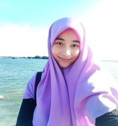 hijabi bahan coli #tobrut Muslim Fashion, Hijab Fashion, Hijab Tutorial, Beautiful Hijab, Hijab Outfit, Bodycon Dress, Sexy, Girls, Free