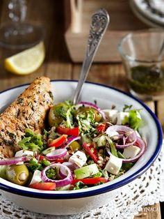 Sałatka z grillowanym kurczakiem, fetą i warzywami Pasta Salad, Cobb Salad, Feta, Potato Salad, Potatoes, Lunch, Cooking, Ethnic Recipes, Ideas