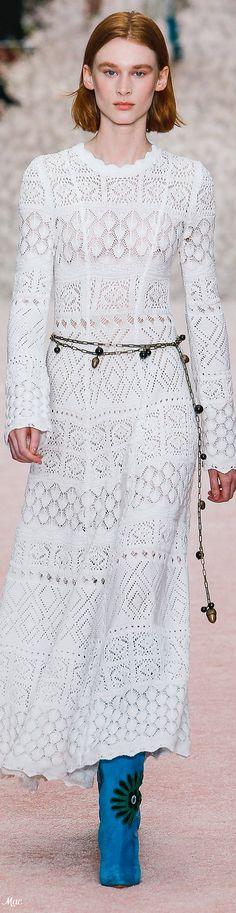 Crochet Lace Stitches Stylists 35 Ideas For 2019 Knit Fashion, Boho Fashion, Spring Fashion, Womens Fashion, Fashion Design, Knit Skirt, Knit Dress, Lace Skirt, Vestidos Carolina Herrera