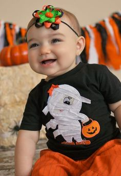 Thursday #Handmade Love Week 74 ~ Crochet Addict UK.   Theme: Ghosts.   Includes links to #free #crochet patterns.   Personalized Halloween Boo Ghost Applique Shirt,  Ghost Shirt, Funky Ghost Fall Embroidered Shirt, Fall Applique Shirt, LDM