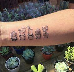 tattoo - Friend Tattoos – Cute little cactus tattoo Freund Tattoos – Nettes kleines Kaktus Tattoo Marcella Resende. Mini Tattoos, Love Tattoos, Body Art Tattoos, Small Tattoos, Tattoos For Women, Awesome Tattoos, Cute Little Tattoos, Hand Tattoo, Tattoo You