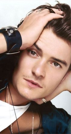 orlando bloom Celebrity Dads, Celebrity Crush, Hobbit, Orlando Bloom Legolas, Legolas And Thranduil, Z Cam, Disney Channel Stars, Hollywood Actor, Tom Cruise